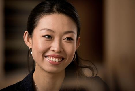 Belle Jing Headshot
