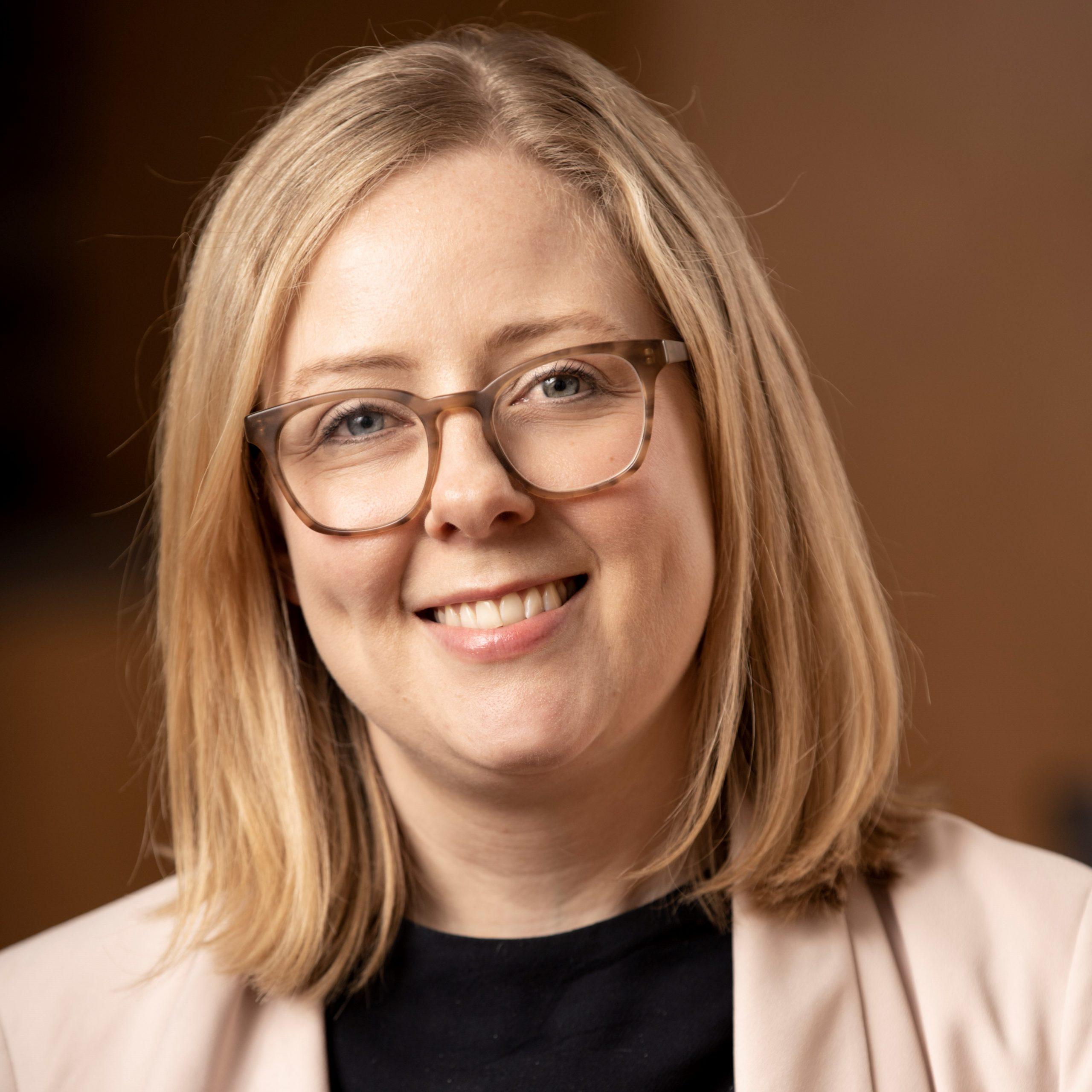 Anna Lindeman-Jones Headshot